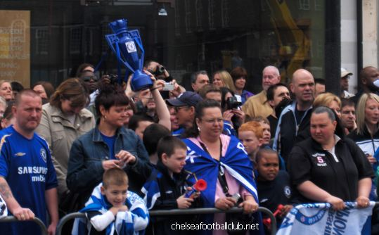 chelsea fc parade 2006 - we are your supporters  - CHELSEAAAAAAA